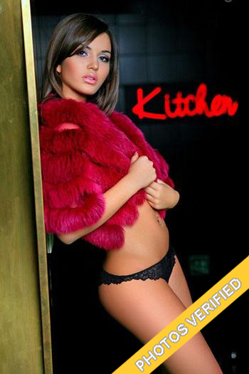 Verified escorts in Paris Landra